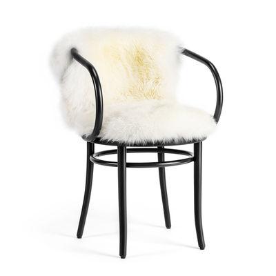 Arredamento - Sedie  - Poltrona Wiener Stuhl - / Seduta & Schienale pelle di pecora - Riedizione 1904 di Wiener GTV Design - Nera / Pelliccia bianca - Faggio massello curvato, Pelle di montone