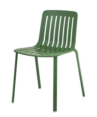 Furniture - Chairs - Plato Stacking chair - / Aluminium by Magis - Green - Painted cast aluminium, Varnished injected aluminium