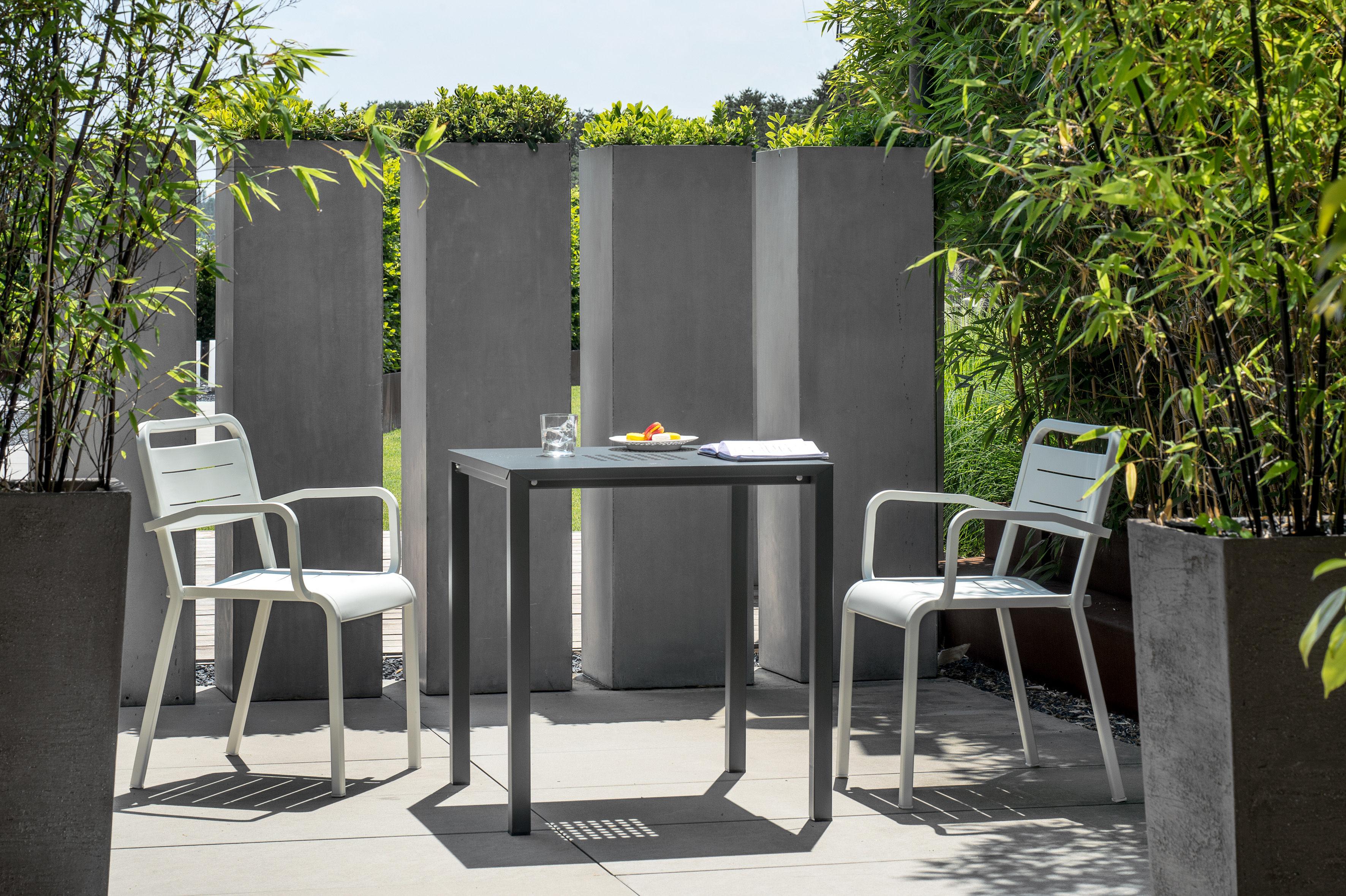 urban emu sessel. Black Bedroom Furniture Sets. Home Design Ideas