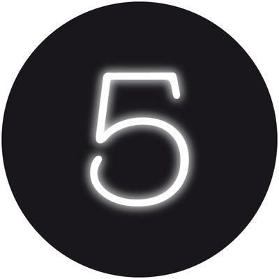 Applique avec prise Neon Art / Chiffre  5 - Seletti blanc en verre