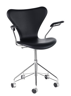 Furniture - Office Chairs - Série 7 Swivel armchair - Leather by Fritz Hansen - Black leather / Chromed base - Chromed steel, Leather, Plywood