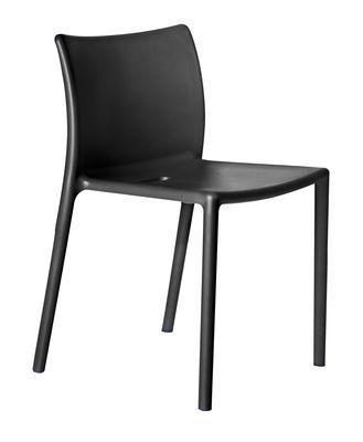Mobilier - Chaises, fauteuils de salle à manger - Chaise empilable Air-chair / Polypropylène - Magis - Noir - Polypropylène