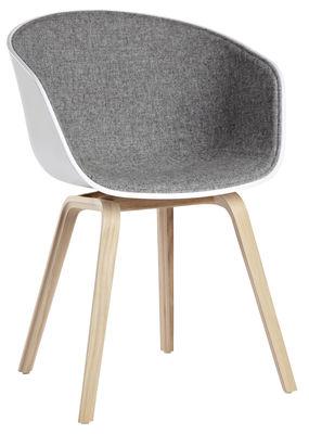 Fauteuil rembourré About a chair AAC22 /Tissu intérieur & pieds bois - Hay blanc,gris clair,bois naturel en matière plastique