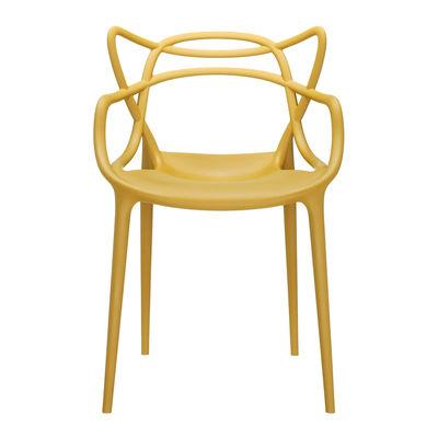 Mobilier - Chaises, fauteuils de salle à manger - Fauteuil empilable Masters / Plastique - Kartell - Moutarde - Technopolymère thermoplastique recyclé