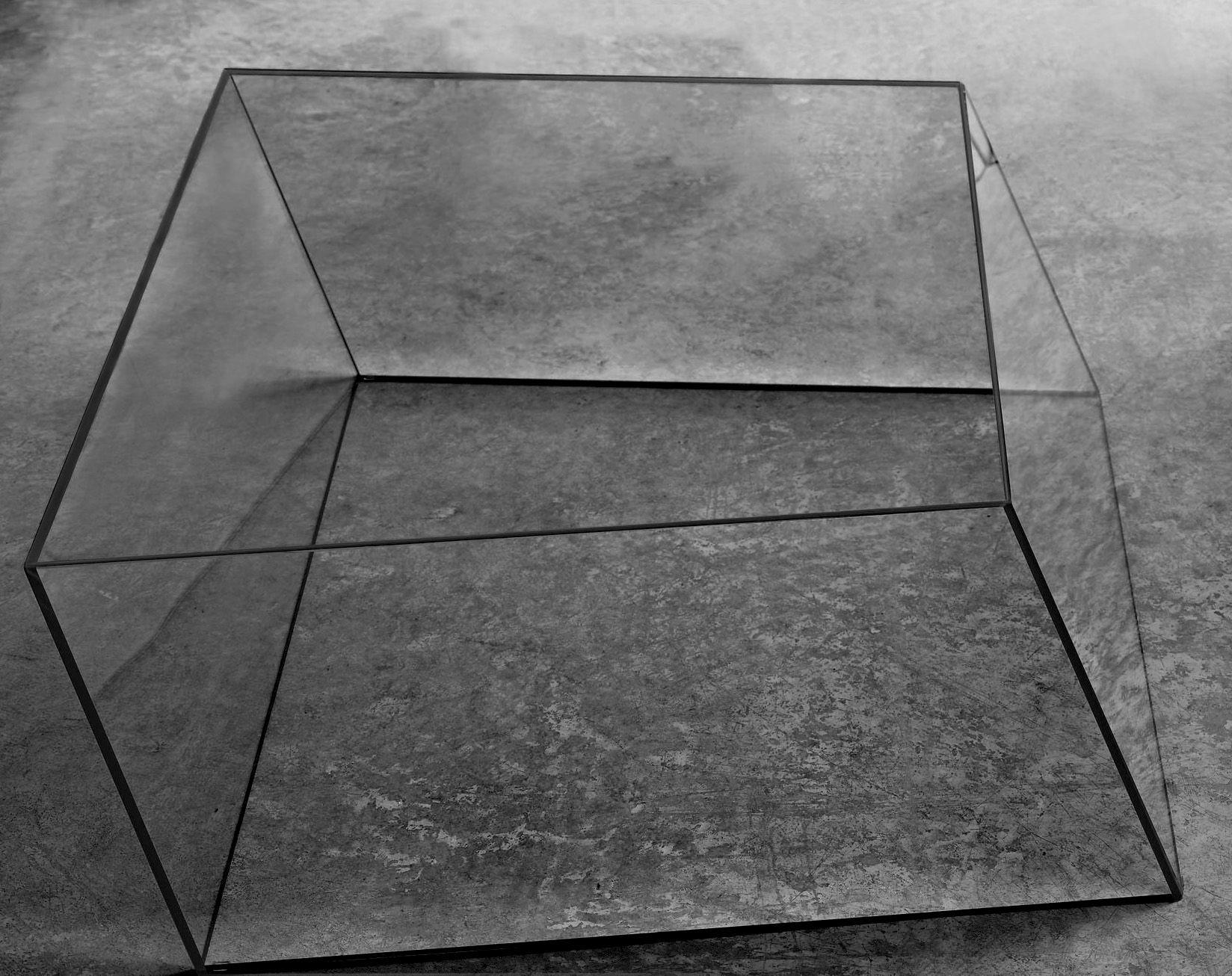 Möbel - Couchtische - Wireframe Couchtisch 75 x 87 cm - Glas Italia - Transparent - schwarze Kanten - Cristal trempé