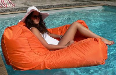 Mobilier - Poufs - Fauteuil Sitinpool / Flottant - L 110 cm - Rembourrage microbilles - Sit In Pool - Orange - Billes de polystyrène, Nylon