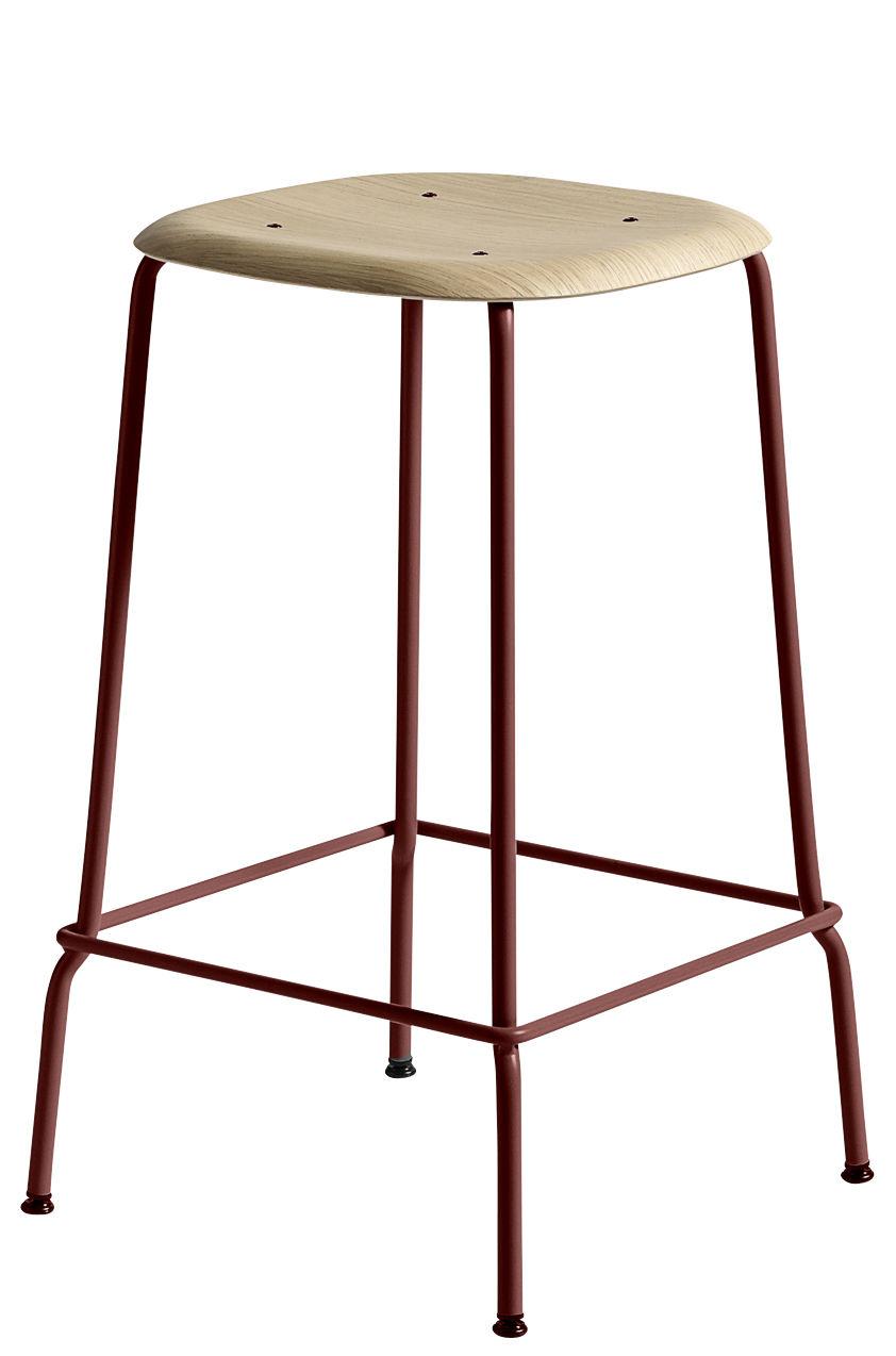 Mobilier - Tabourets de bar - Tabouret haut Soft Edge 30 / H 65 cm - Bois & Métal - Hay - Pied rouge / Chêne - Acier laqué, Contreplaqué de chêne verni