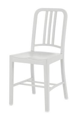Chaise 111 Navy chair Outdoor / Plastique recyclé - Emeco blanc en matière plastique