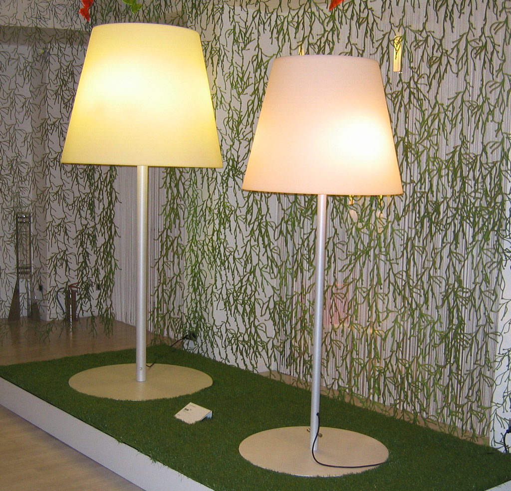 Floor Lamp Amax Outdoor By Fontana Arte White H 205 Cm L 500 X H 66 X 216 82 Made In Design Uk