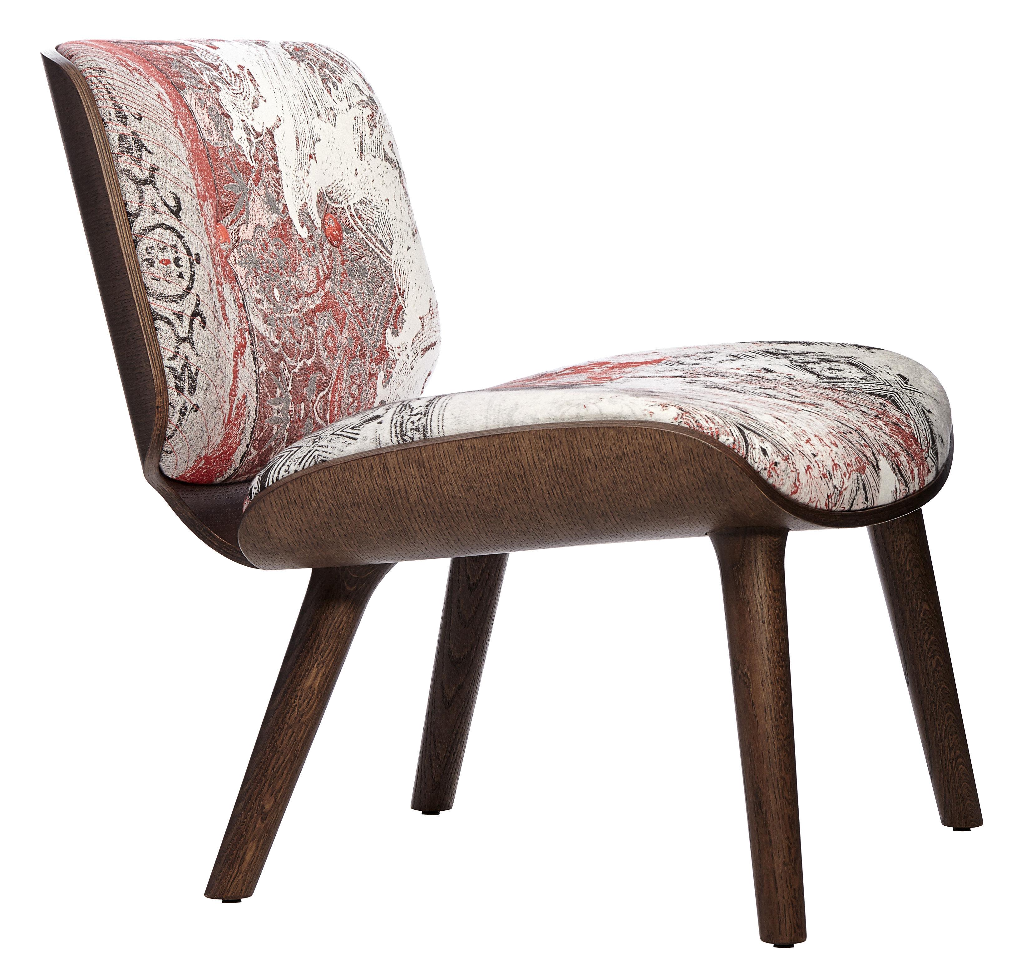 Arredamento - Poltrone design  - Poltrona bassa Nut Lounge - / Imbottita di Moooi - Tonalità rosse / Struttura: legno cannella - Compensato di rovere, Espanso, Rovere massello, Tessuto