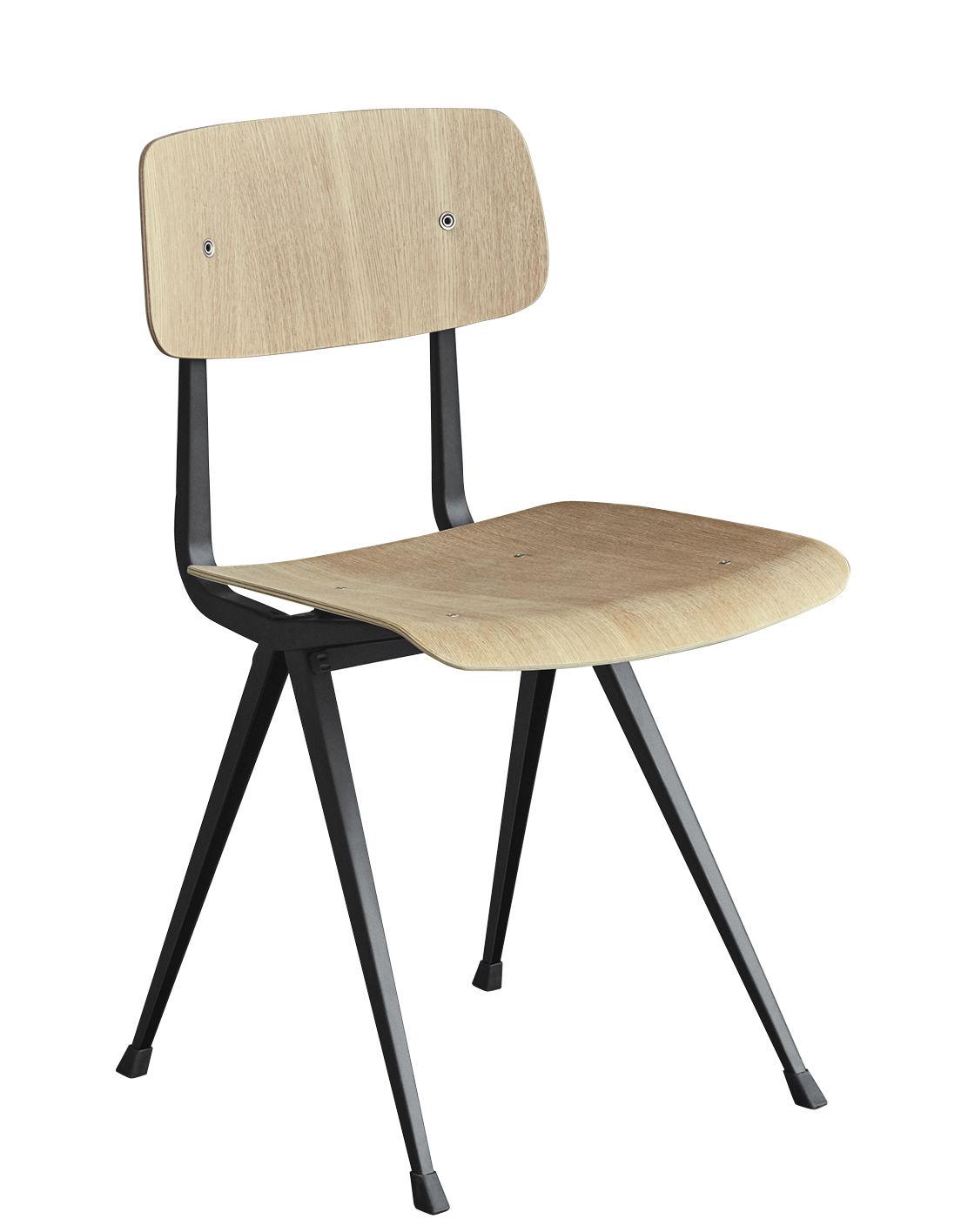 Mobilier - Chaises, fauteuils de salle à manger - Chaise Result / Réédition 1958 - Hay - Chêne clair / Pieds noirs - Acier laqué, Contreplaqué de chêne