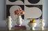 Vaso Eve Double Bulb - / Manici a forma di mani di Jonathan Adler
