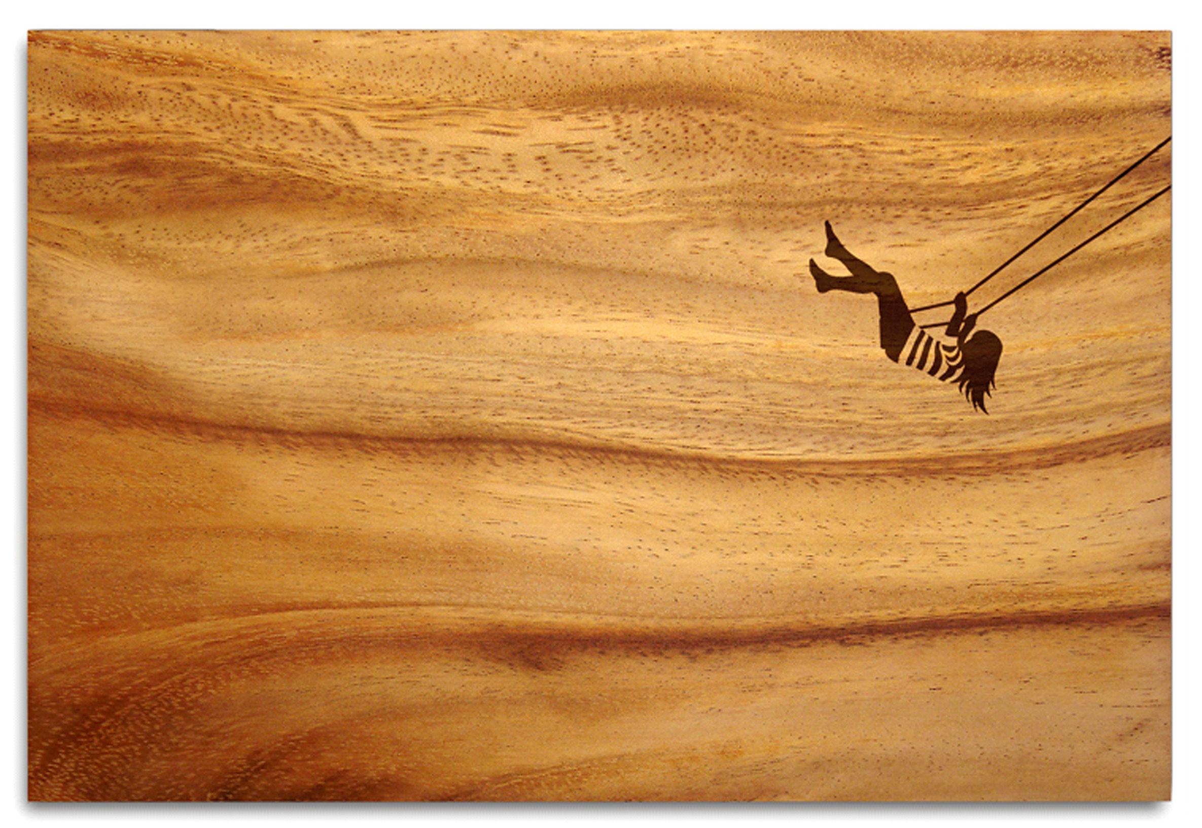 Cuisine - Ustensiles de cuisines - Planche à découper Beautiful Views Balançoire / 34 x 23 cm - Pension Für Produkte - Pop Corn - Motif Femme à la balançoire / Bois - Chêne huilé