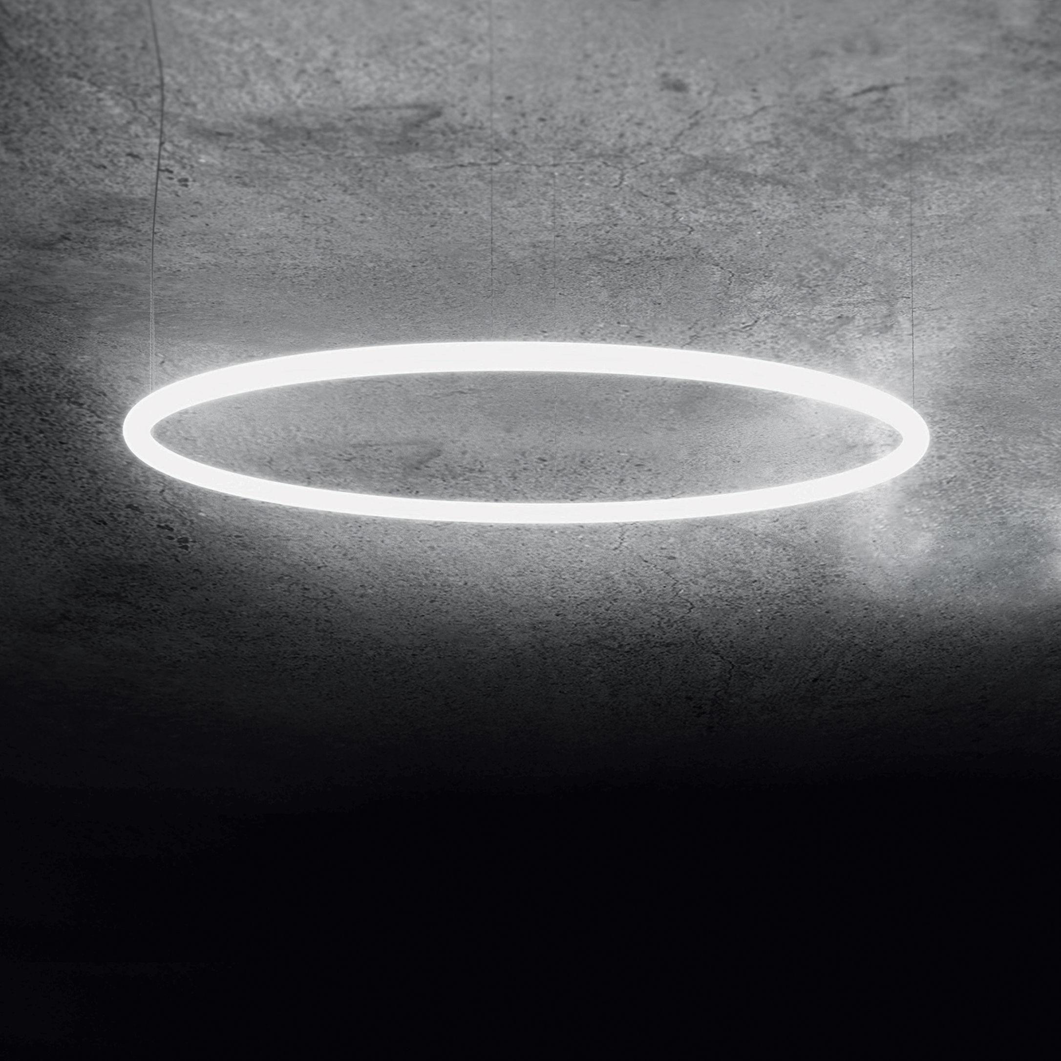 Luminaire - Suspensions - Suspension Alphabet of light / Ø 90 cm - Artemide - Ø 90 cm / Blanc - Aluminium, Méthacrylate