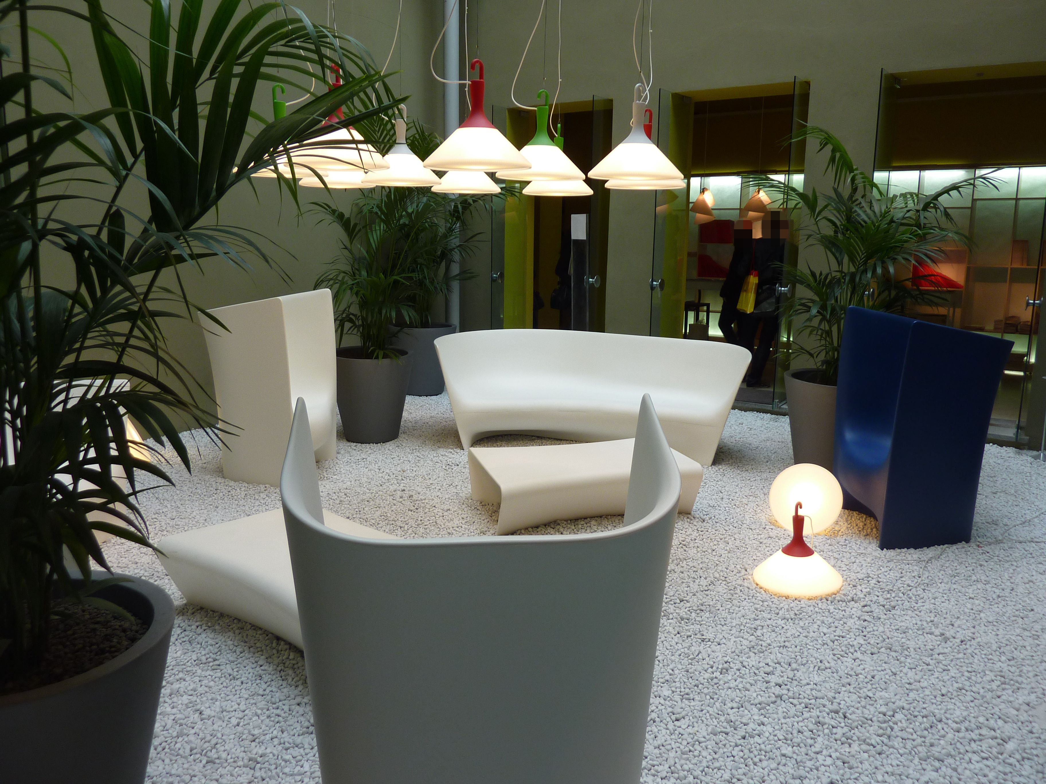 lampe de sol zelight driade blanc vert made in design. Black Bedroom Furniture Sets. Home Design Ideas