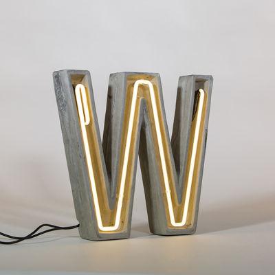 Néon Alphacrete Tischleuchte / Buchstabe W - Seletti - Weiß,Grau