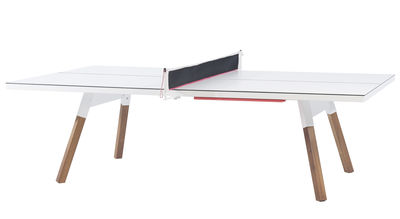 Outdoor - Tische - Table Y&M / L 220 cm - Table ping pong & repas - RS BARCELONA - Weiß / Tischgestell holzfarben - HPL, Iroko-Holz, Stahl