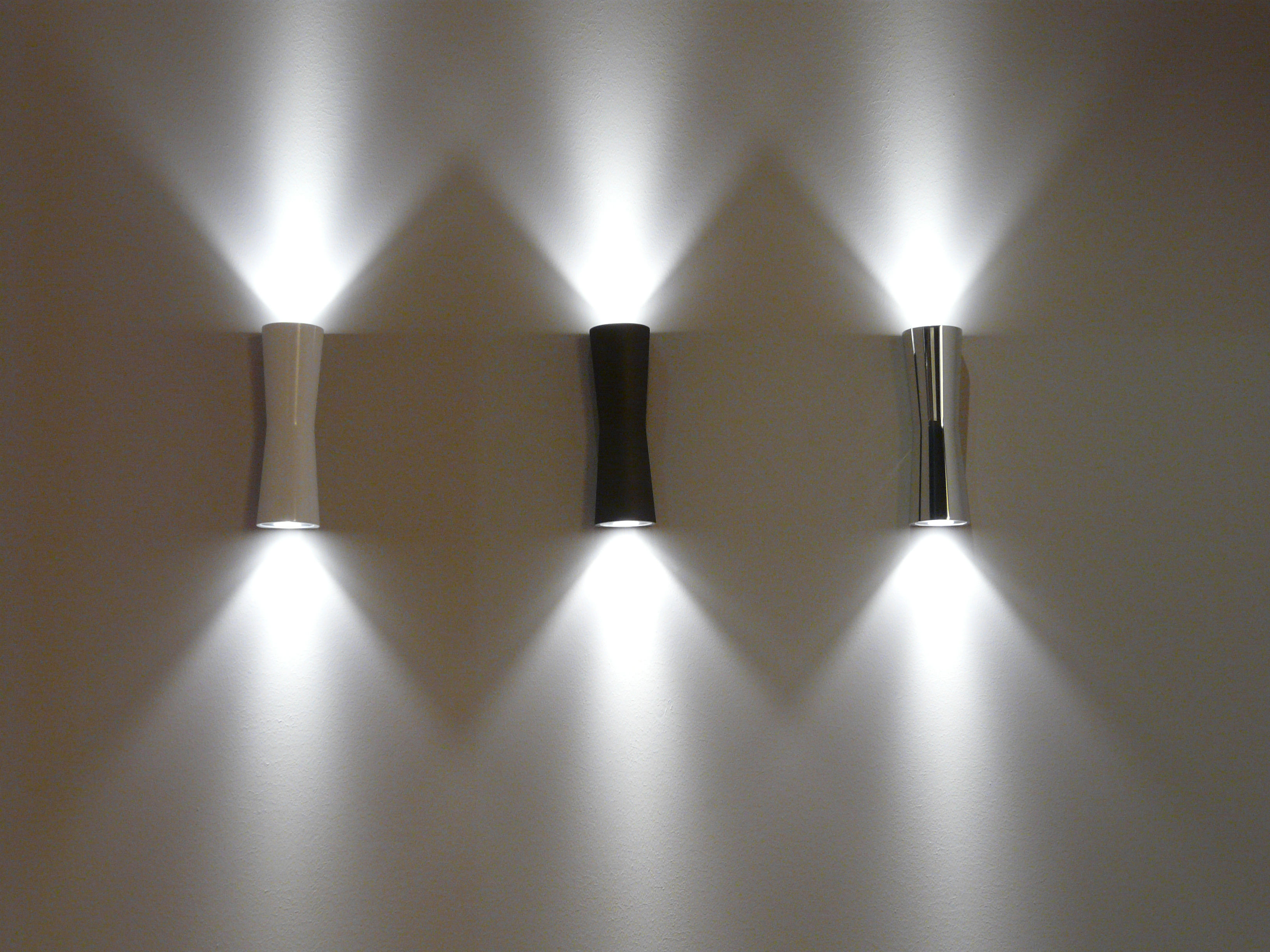Clessidra 40° applique led per linterno cromato by flos made