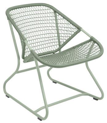 Accessori - High-tech  - Poltrona bassa Sixties - / Seduta morbida Plastica intrecciata di Fermob - Cactus - Alluminio, Resina polimerica