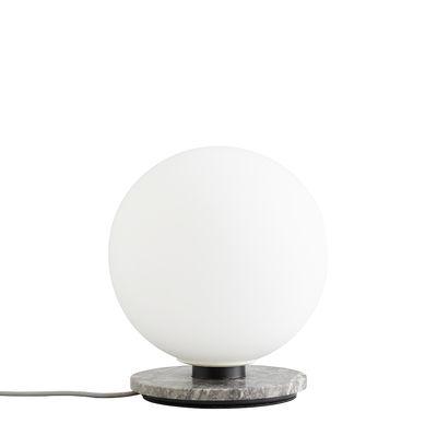 Leuchten - Tischleuchten - TR Bulb Tischleuchte / Wandleuchte - Marmor & Glas - Menu - Grauer Marmor / weiß - lackierter Stahl, Marmor, Opalglas