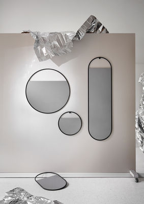 Peek Small Wall Mirror Round O 40 Cm By Northern