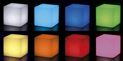Scopri lampada da tavolo cubo outdoor led sanza fili 25 - Lampade da tavolo senza fili ...