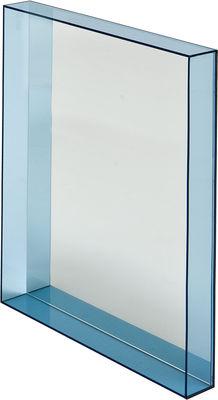 Mobilier - Miroirs - Miroir mural Only me / L 50 x H 70 cm - Kartell - Bleu ciel transparent - Miroir, PMMA