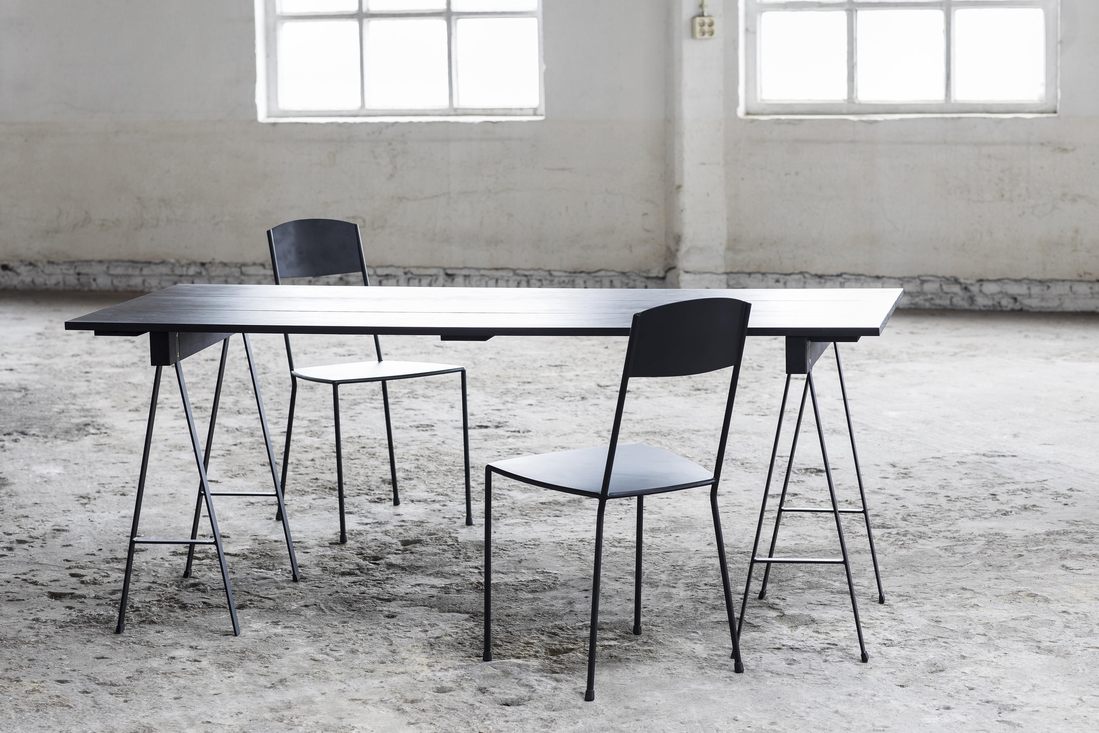 Studio Simple Tavolo - / con cavalletti - 180 x 75 cm Nero by Serax ...