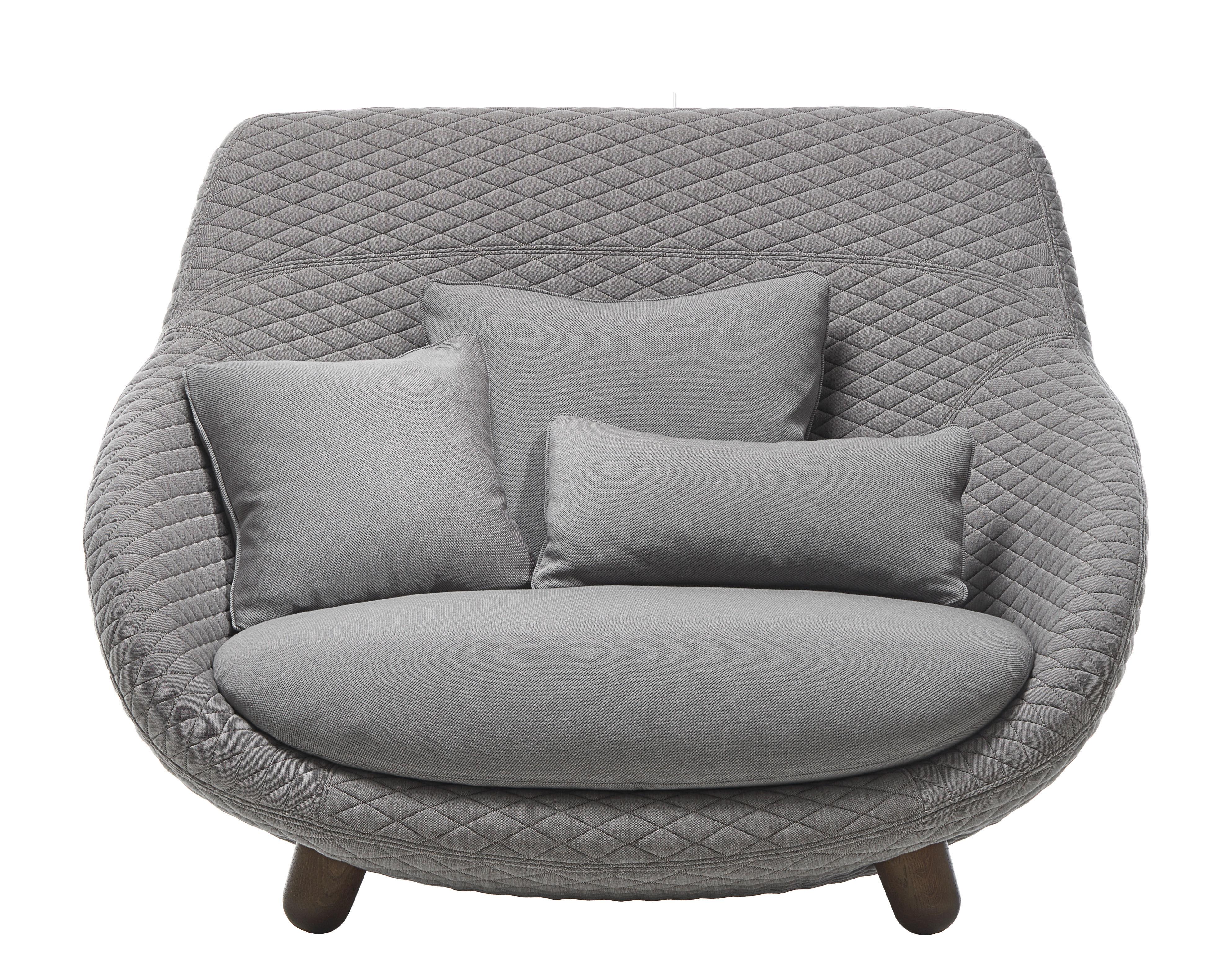 Möbel - Sofas - Love High Sofa / Hohe Rückenlehne - 2-Sitzer - L 129 cm - Moooi - Grau / Kissen grau / Holz zimtfarben - getönte Eiche, Gewebe, Schaumstoff, Stahl