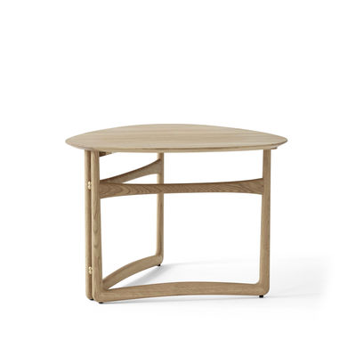 Mobilier - Tables basses - Table basse Drop Leaf HM5 (1956) / Pliable - 80 x 78 cm - &tradition - Chêne blanchi - Chêne massif, Laiton