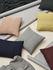 Coussin Layer / Laine baby lama tricotée main - 60 x 40 cm - Muuto