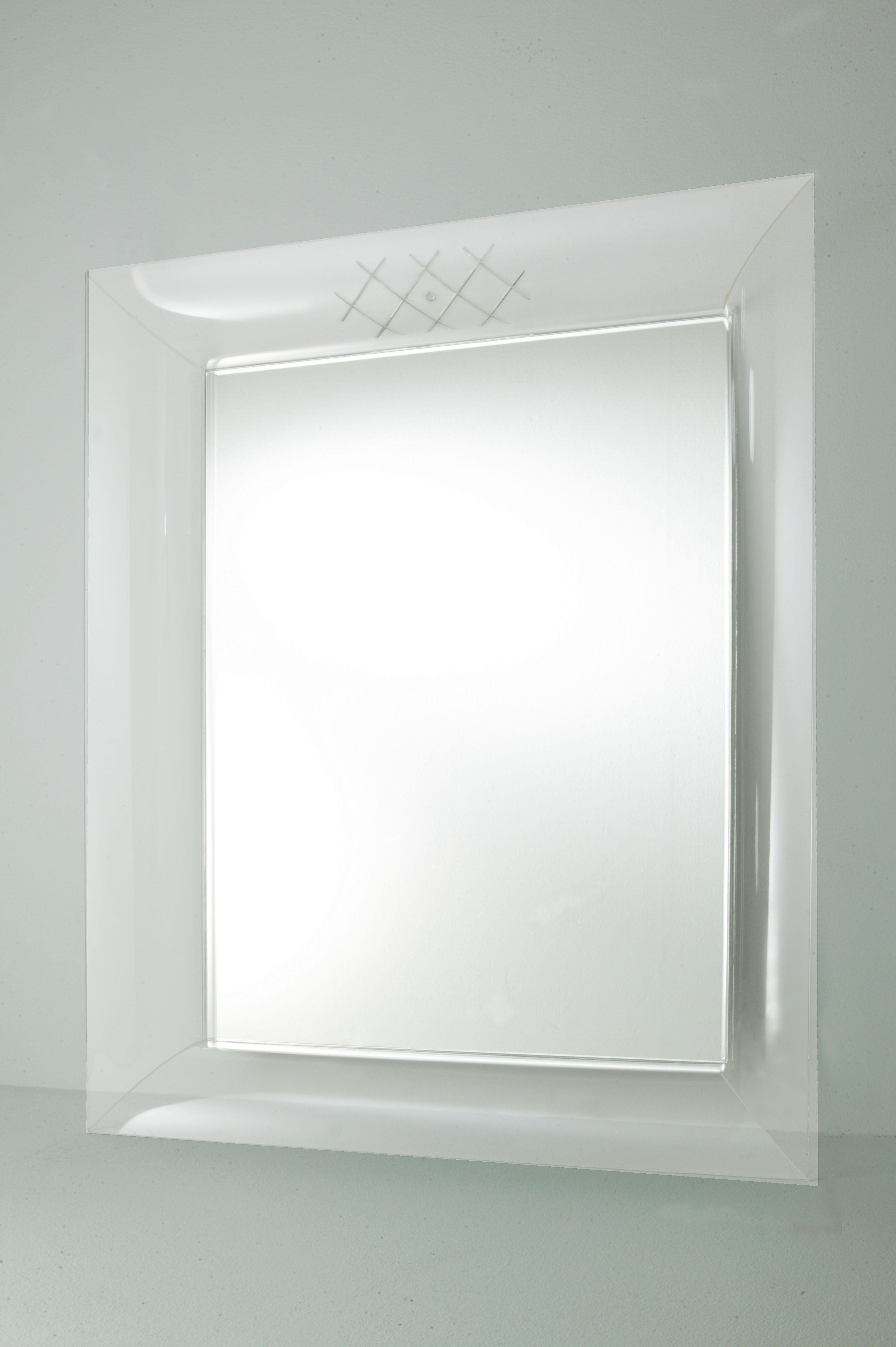 francois ghost gro 88 x 111 cm kartell wandspiegel. Black Bedroom Furniture Sets. Home Design Ideas