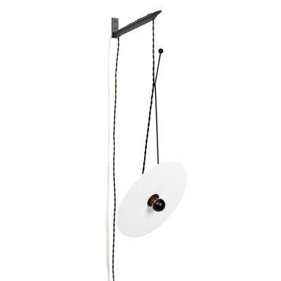 Applique avec prise Luna / Orientable - Ø 30 cm / Porcelaine & acier - Serax blanc,noir en métal