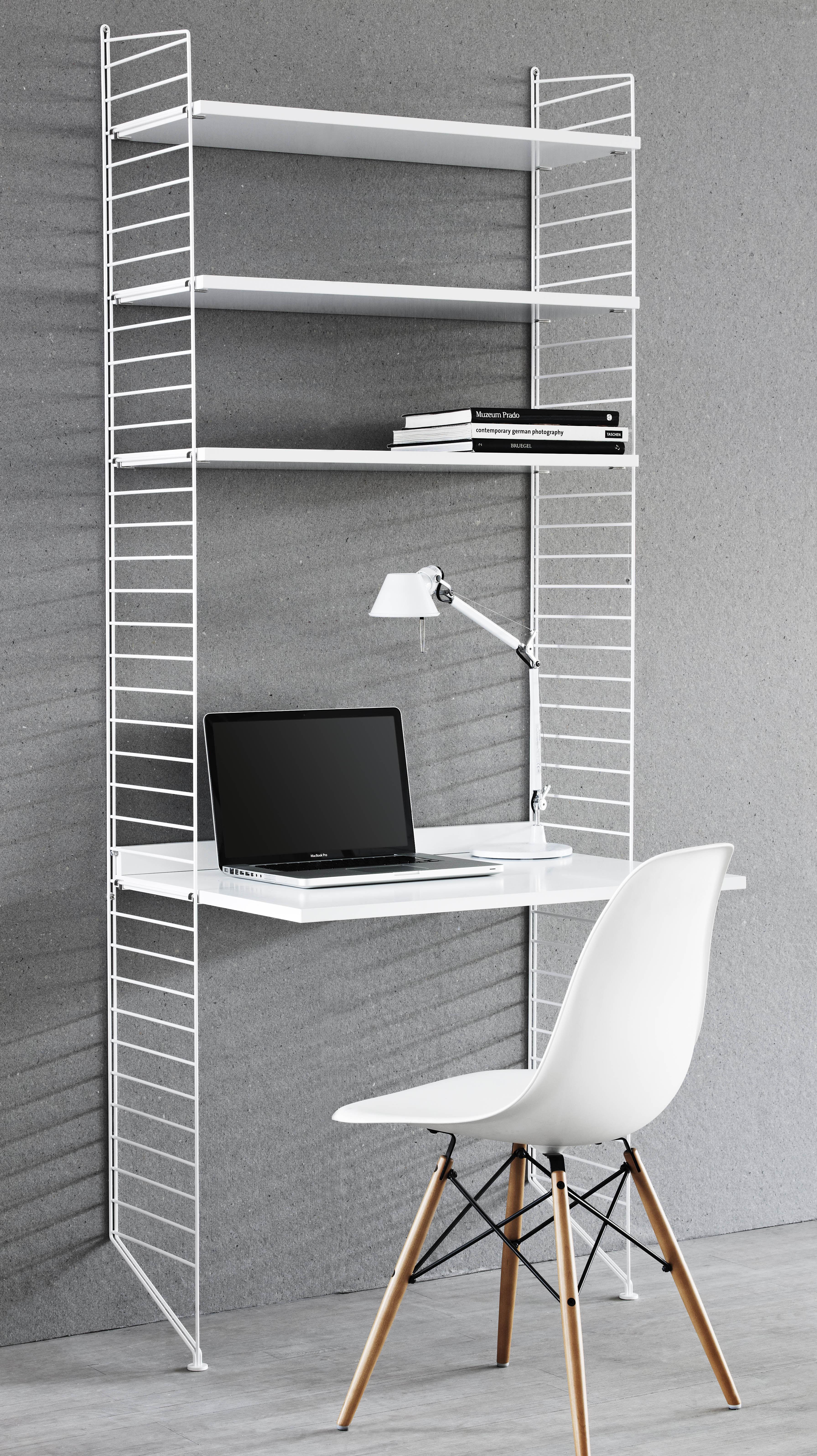Arredamento - Mobili da ufficio - Scrivania String - / L 78 cm x H 200 cm di String Furniture - Bianco - Acciaio laccato, MDF tinto