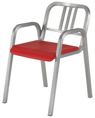 Arredamento - Sedie  - Poltrona impilabile Nine-O di Emeco - Alluminio opaco / Rosso - Alluminio riciclato, Poliuretano