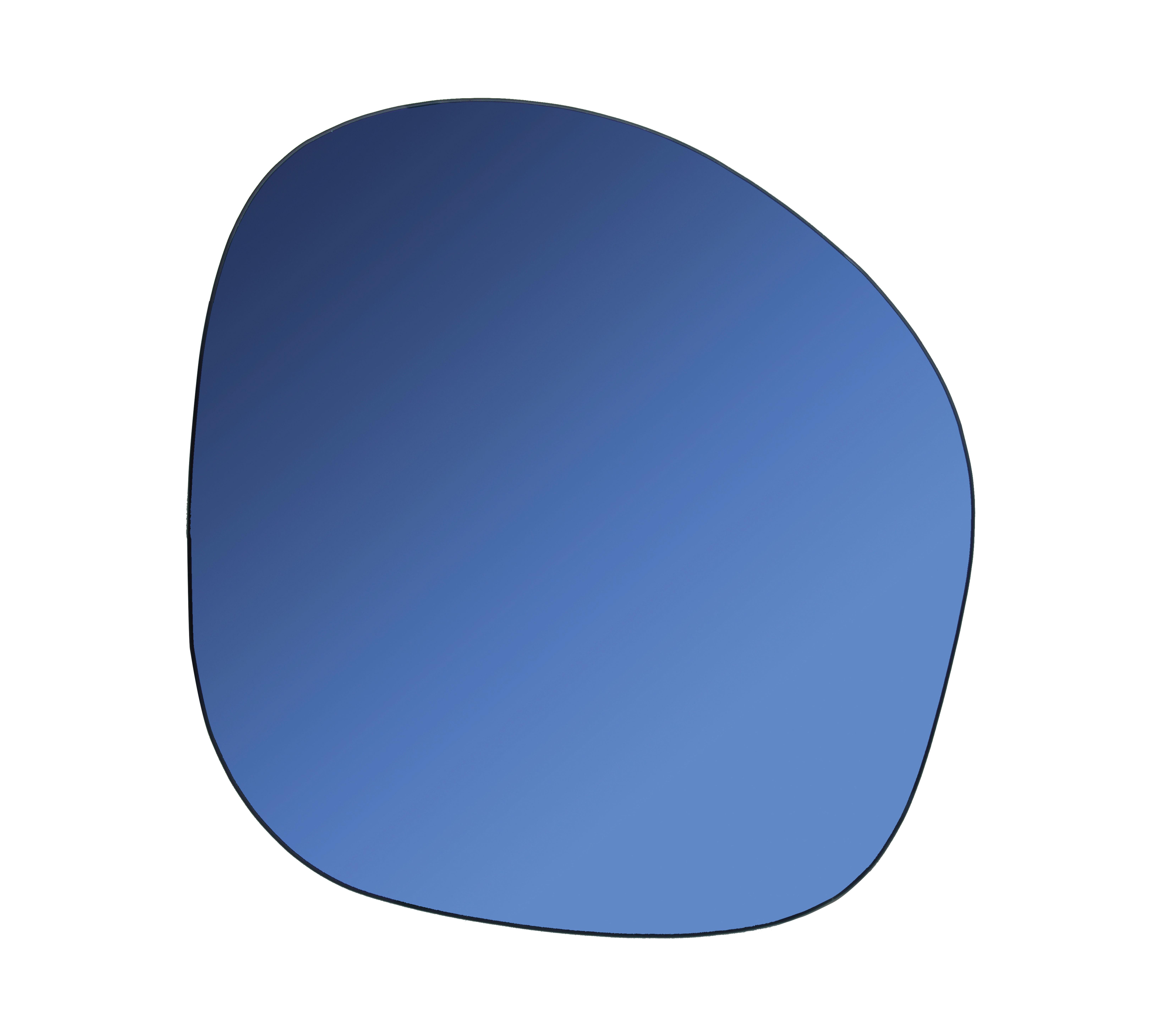 Interni - Specchi - Specchio murale Pebble - / 30 x 32 cm di & klevering - Bleu - Vetro colorato
