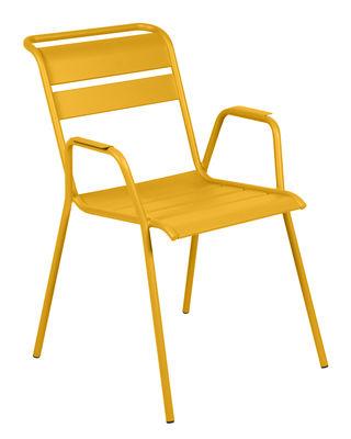 Möbel - Stühle  - Monceau Stapelbarer Sessel / Metall - Fermob - Honig - bemalter Stahl