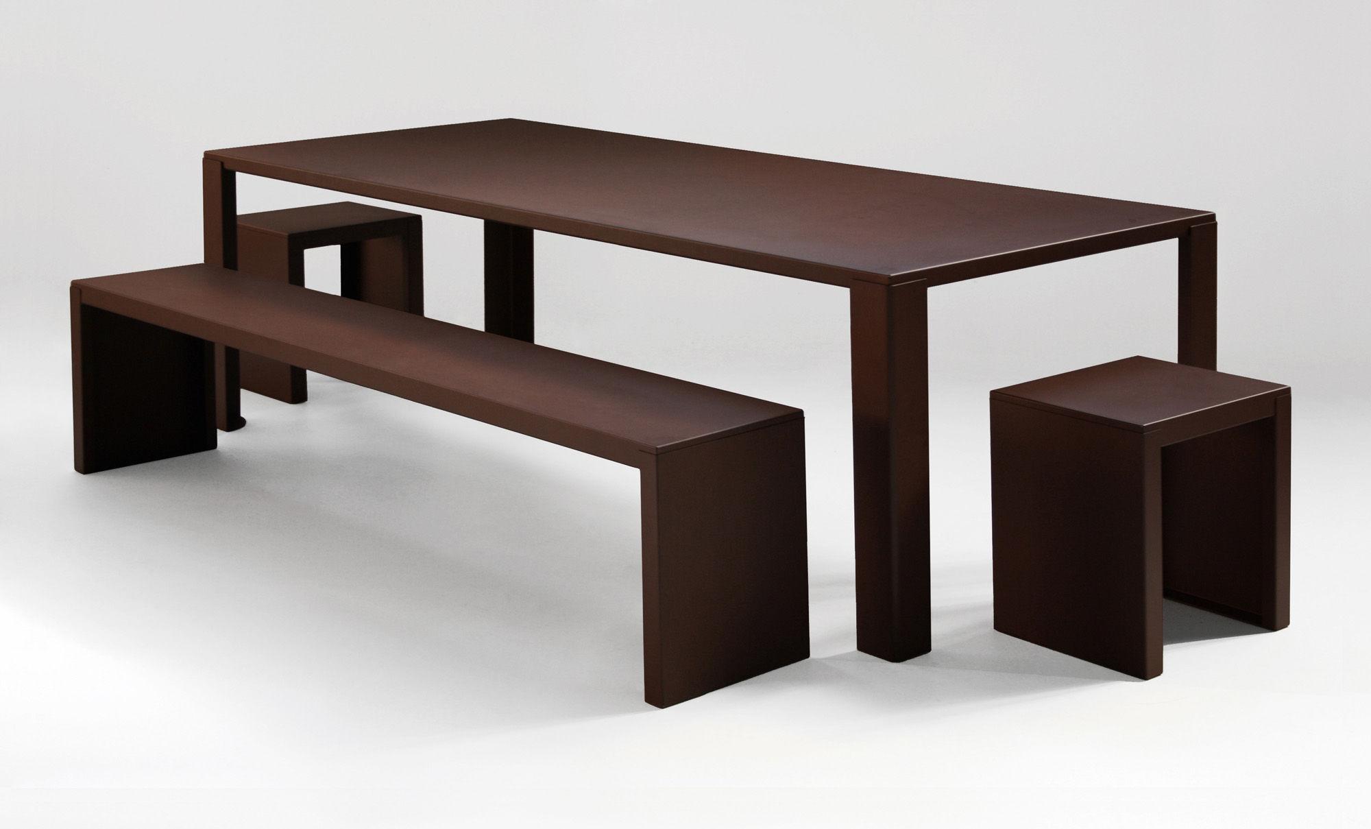 Table rectangulaire Big Irony Outdoor Zeus - Orange/Métal | Made In ...