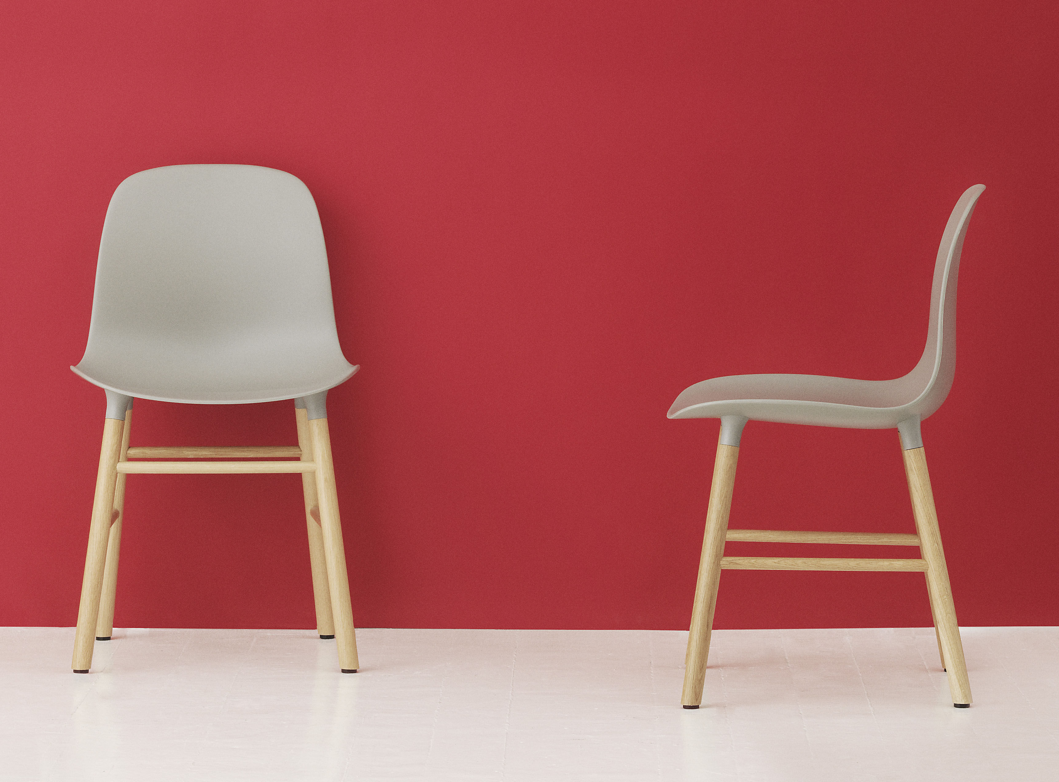 Stuhl Form von Normann Copenhagen Grau Holz natur