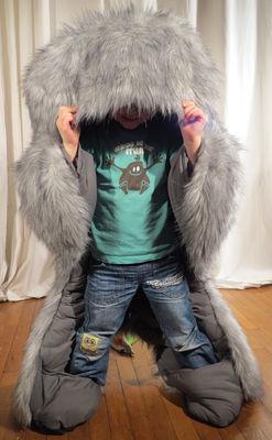 Déco - Pour les enfants - Couette enfant Hibernatus / Doudou & déguisement - Exclusivité - Pulse & Pulpe - Gris clair / Intérieur gris foncé - Fourrure synthétique, Polyester