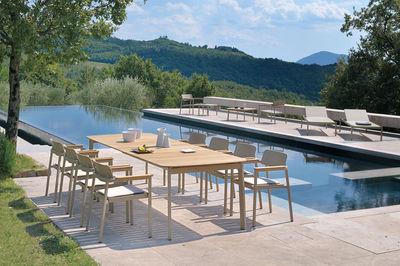 Table à rallonge Shine / Plateau Teck - L 180 à 292 cm - Emu