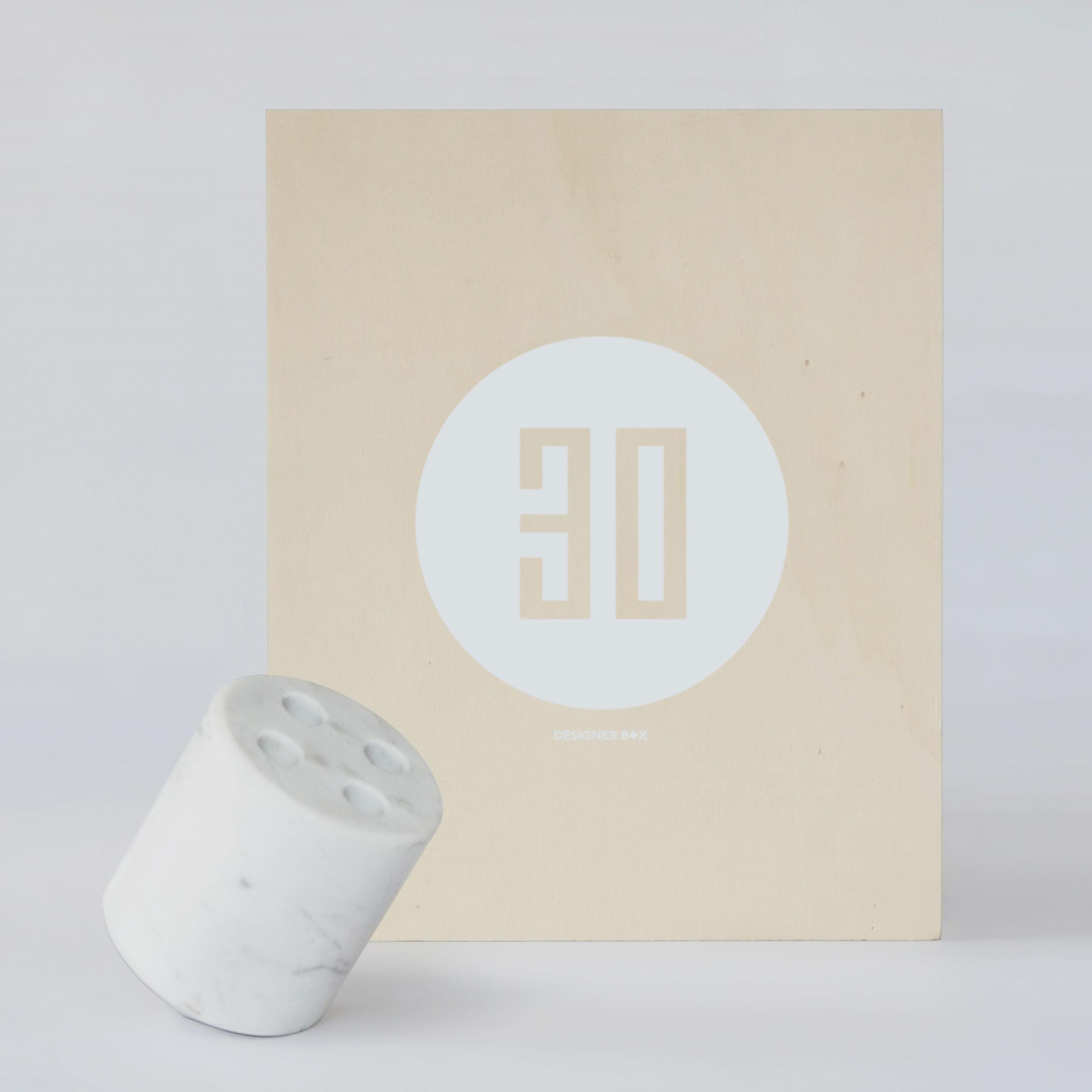 Accessoires - Accessoires bureau - Coffret Designerbox#30 / Porte-stylos Sputnik - Nathan Young - Designerbox - Marbre blanc / Coffret bois - Marbre