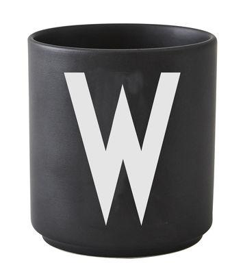 Mug Arne Jacobsen / Porcelaine - Lettre W - Design Letters noir en céramique