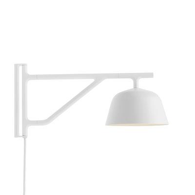 Applique avec prise Ambit / Bras pivotant - L 41 cm - Muuto blanc en métal