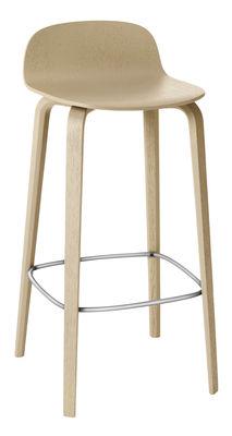 Mobilier - Tabourets de bar - Tabouret de bar Visu / Bois - H 65cm - Muuto - Chêne / Repose-pieds acier - Acier verni, Plaquage chêne