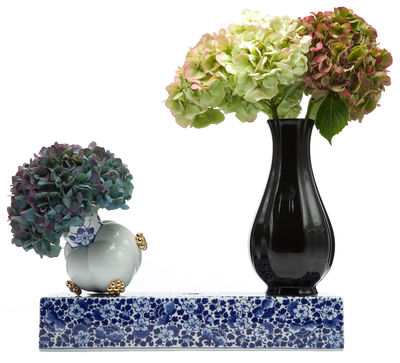 Decoration - Vases - Delft Blue 10 Vase - Set of 3 vases with base by Moooi - White, blue, gold and black - China