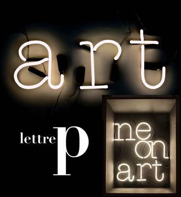 Applique con presa Neon Art - Lettera P di Seletti - Bianco - Vetro
