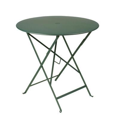 Outdoor - Tische - Bistro Klapptisch Ø 77cm - Klapptisch - Mit Loch für Sonnenschirm - Fermob - Zederngrün - lackierter Stahl