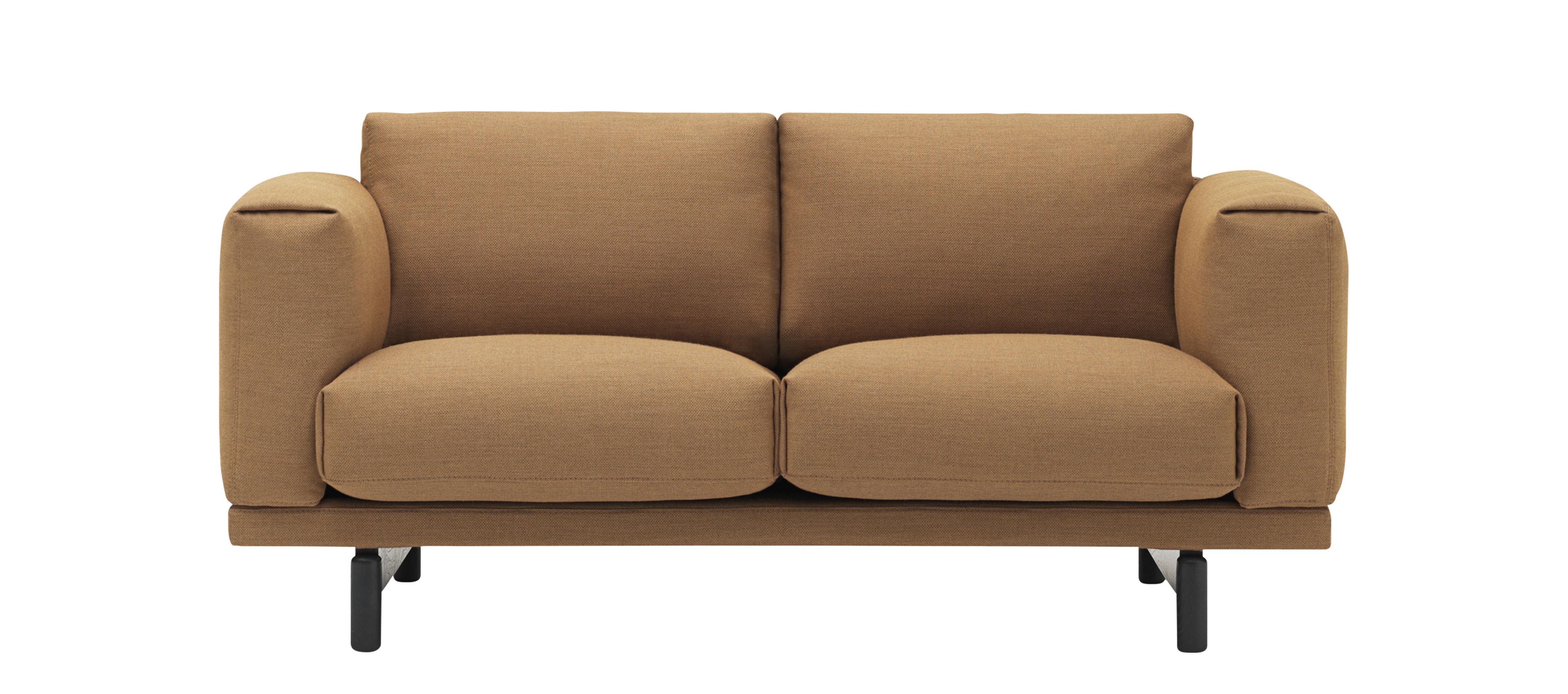 Arredamento - Divani moderni - Divano 2 posti Rest Studio - / L 165 cm di Muuto - Camel / Gambe nere -  Plumes, Espanso, Rovere tinto, Tessuto Kvadrat