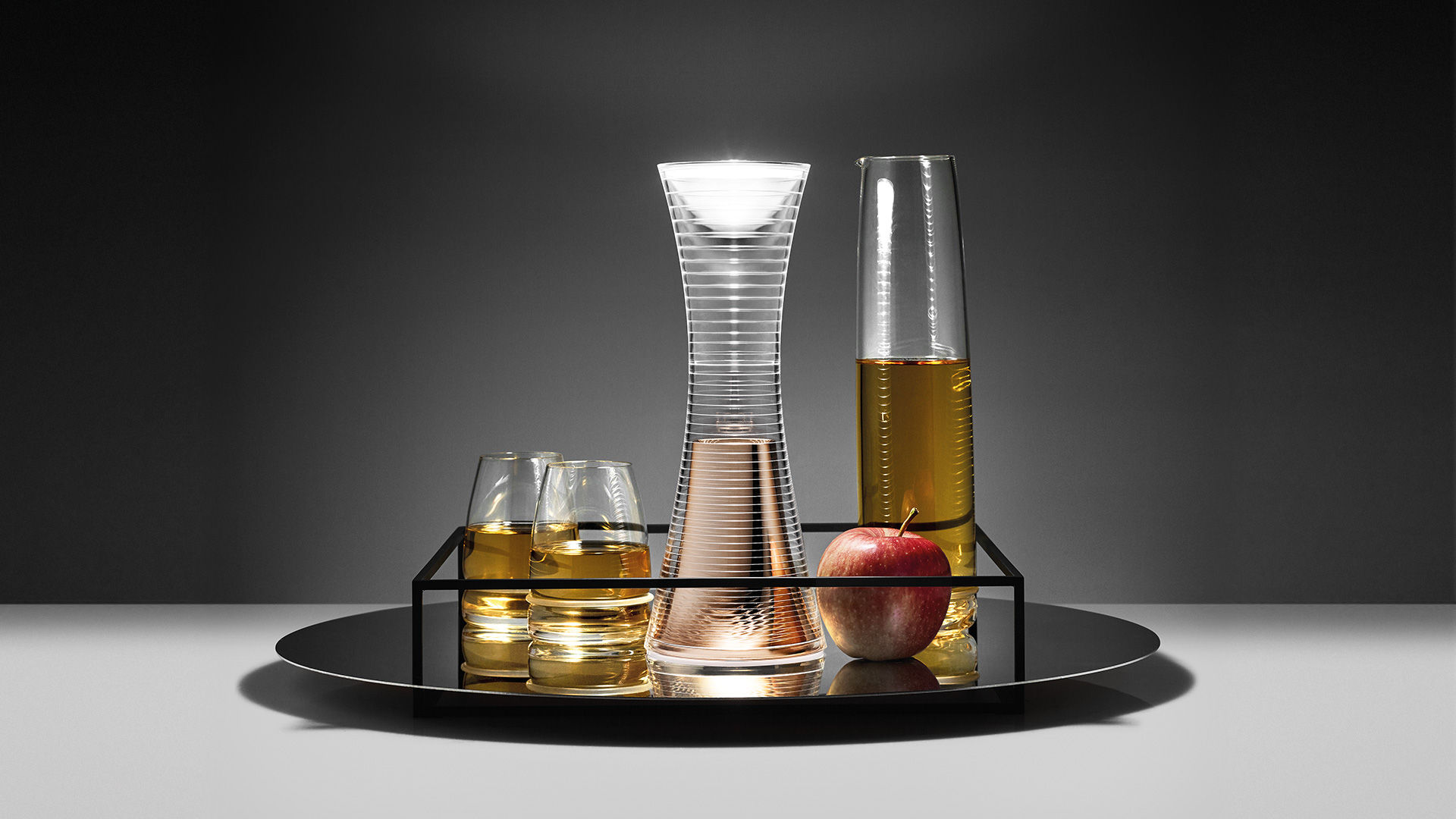 lampe ohne kabel come together von artemide wei. Black Bedroom Furniture Sets. Home Design Ideas